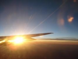 Wyszukiwarki lotów, a niedrogie wakacje